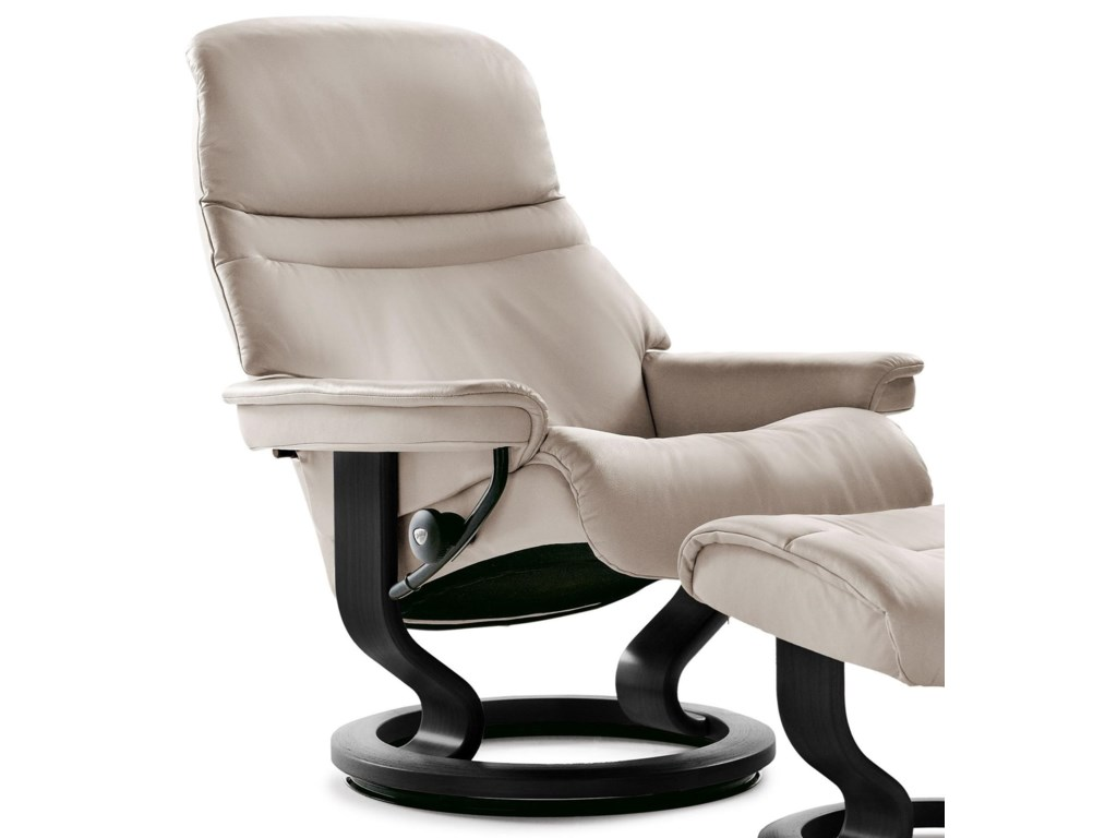 stressless sunrise 1238010 large reclining chair with classic base