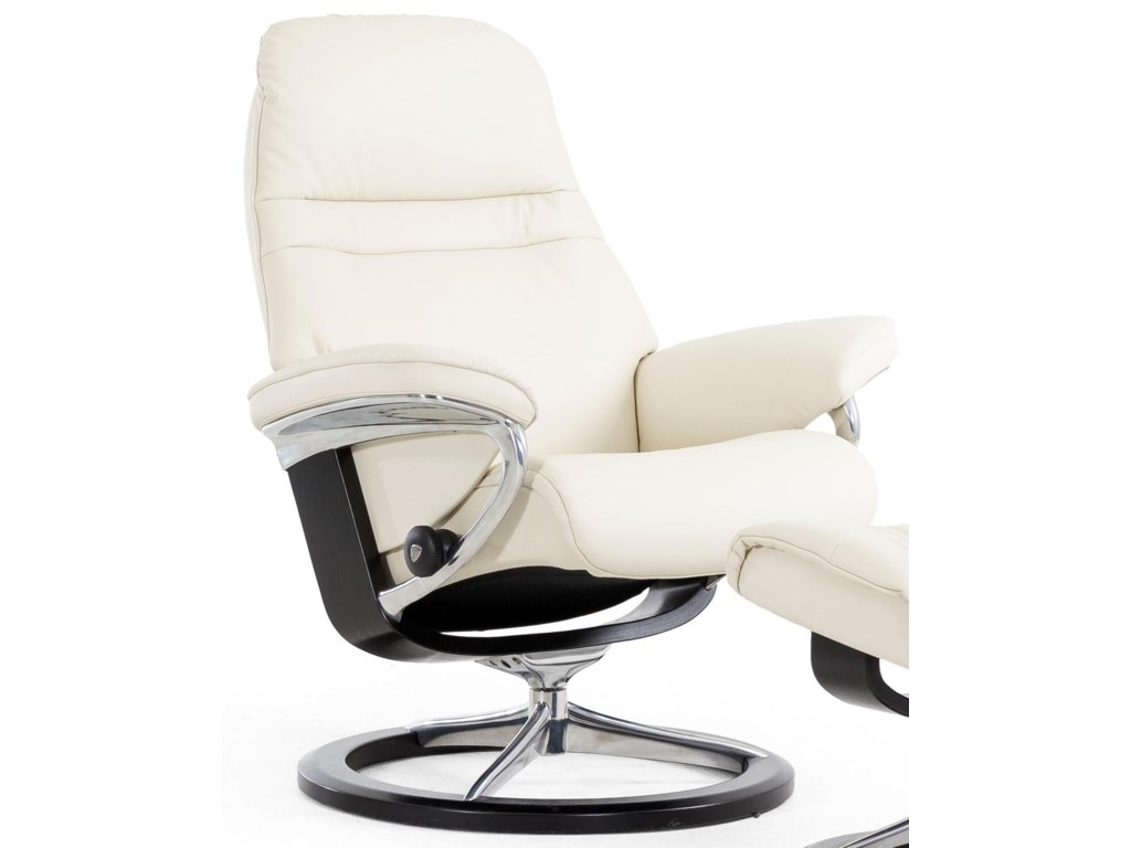 Stressless SunriseLarge Reclining Chair with Signature Base