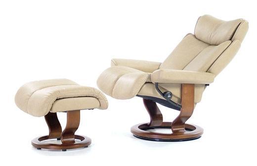 Stressless MagicMedium Chair U0026 Ottoman With Classic Base ...