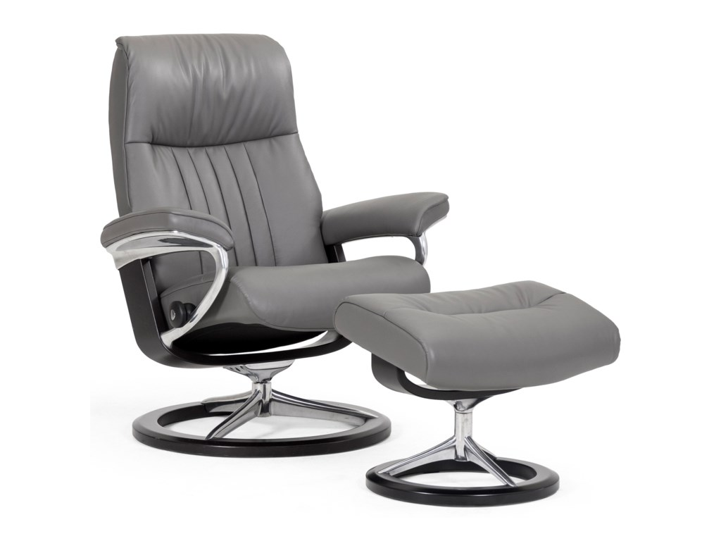 Stressless CrownSmall Chair & Ottoman with Signature Base