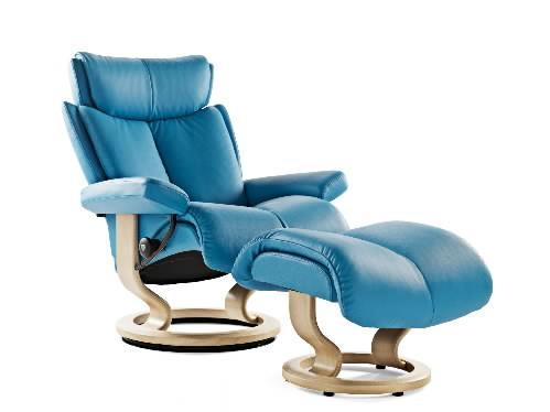 Merveilleux Stressless MagicMedium Chair U0026 Ottoman With Classic Base ...