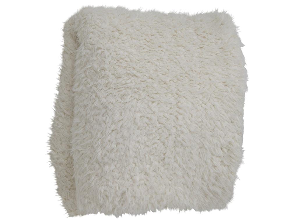 StyleCraft AccessoriesOversized Faux Fur Throw Blanket
