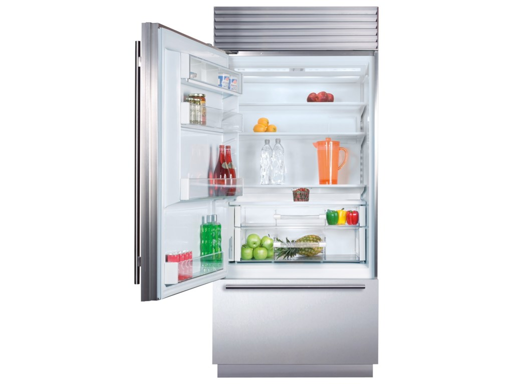 Sub-Zero Built-In Refrigeration36