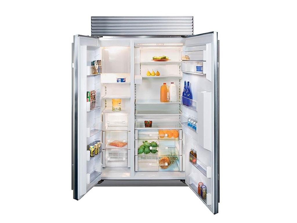 Sub-Zero Built-In Refrigerators24 Cu. Ft. Built-In Refrigerator