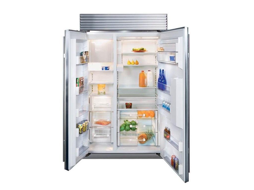 Side-by-Side Unit Features Ice and Water Dispenser