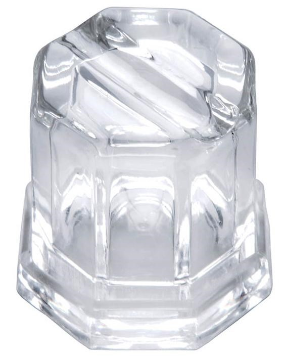 Produces Filtered, Octogonal Ice Cubes