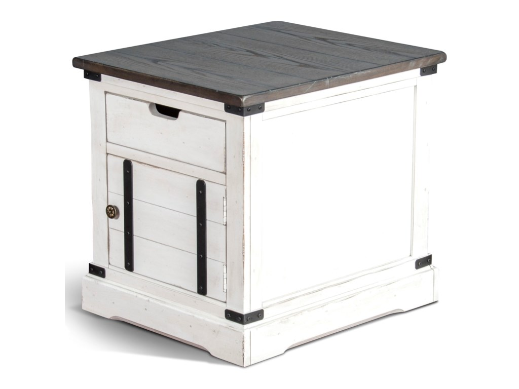 Sunny Designs 3270End Table