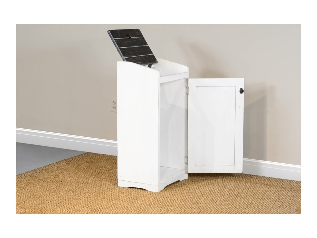 Sunny Designs Carriage HouseTrash Box