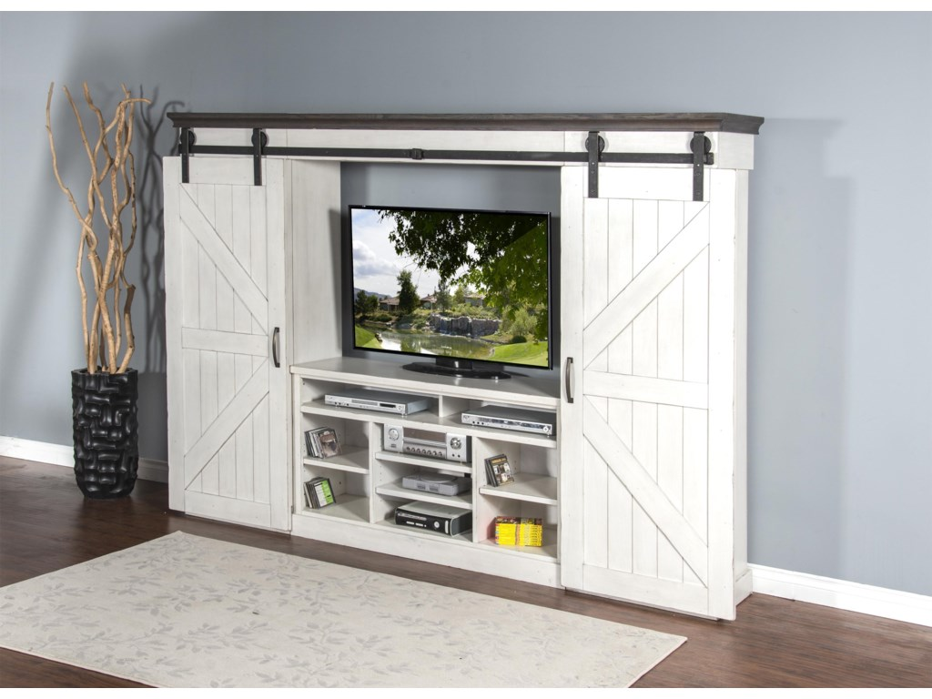 Market Square Country ViewCountry View 6-Piece Entertainment Wall Unit