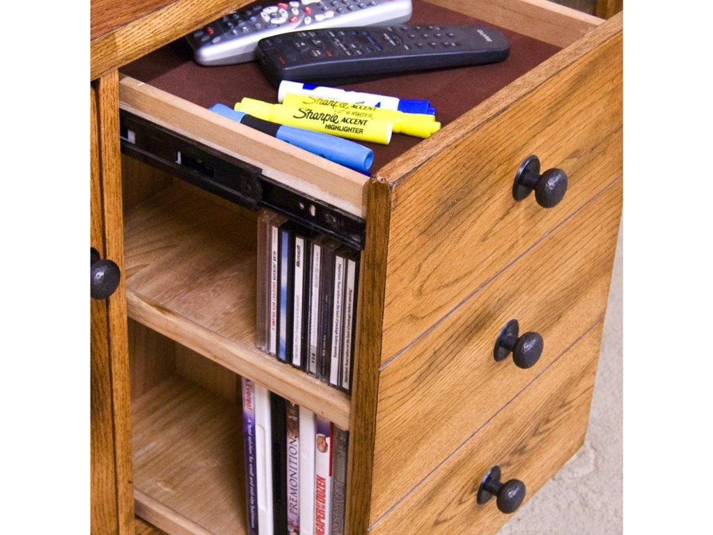 Detail of center pullout storage