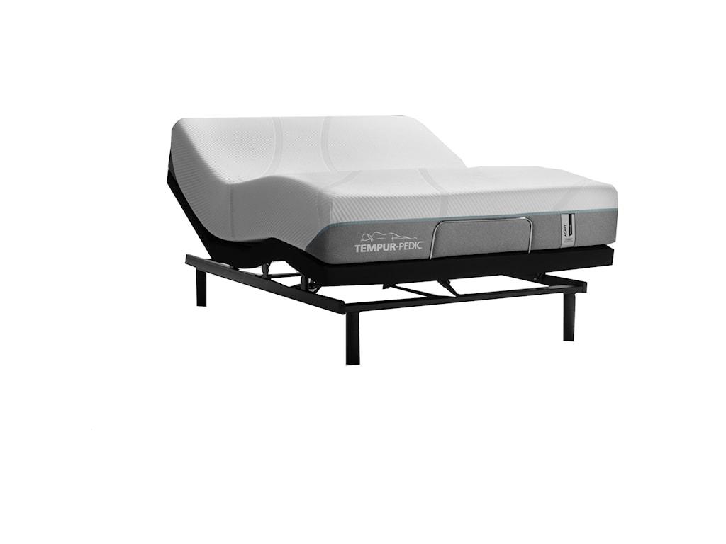 Tempur-Pedic® TEMPUR-Adapt Medium HybridQueen 11