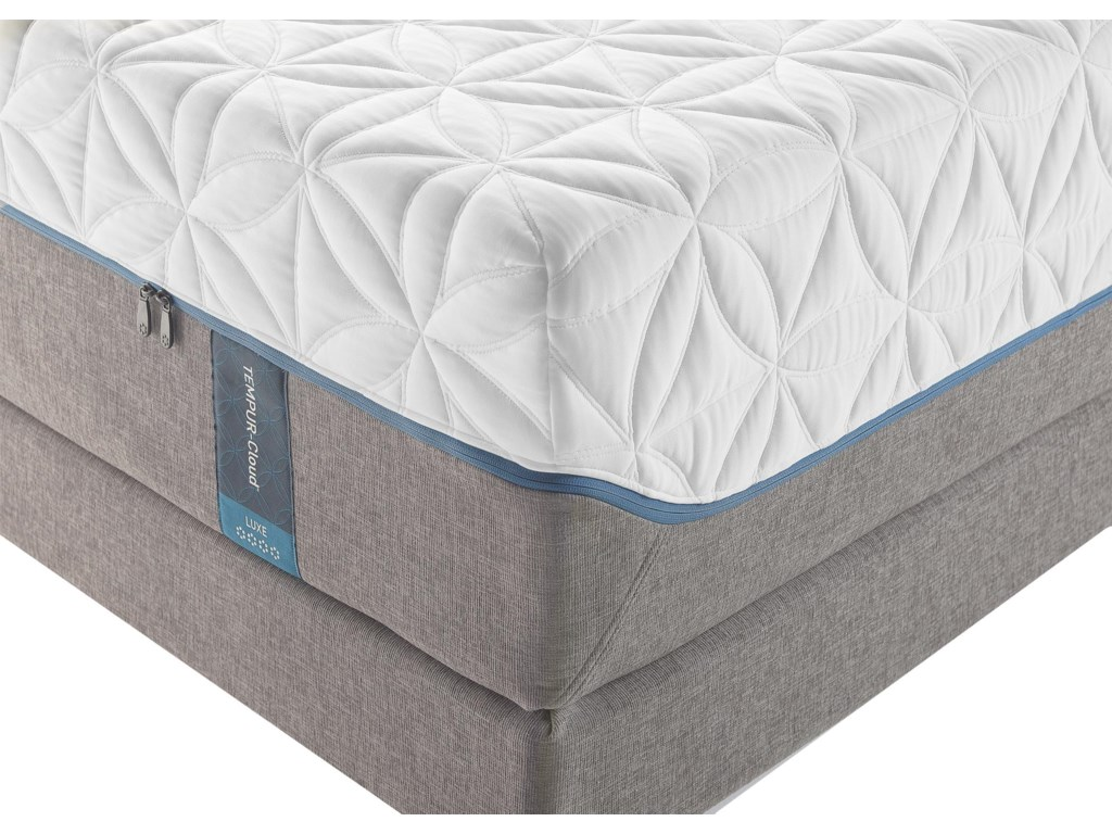 Tempur-Pedic® TEMPUR-Cloud LuxeCal King Ultra-Soft Mattress