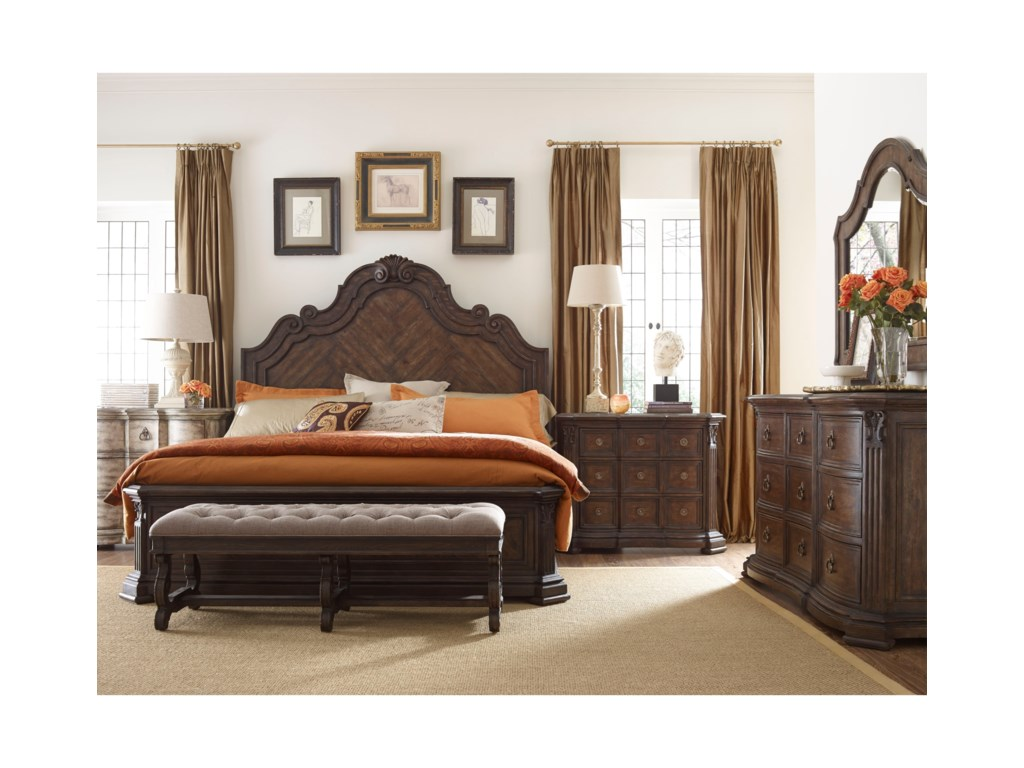 Thomasville® Casa VenetoKing Bedroom Group