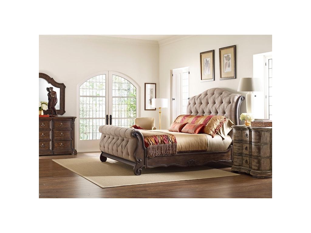 Thomasville® Casa VenetoCorina Drawer Dresser