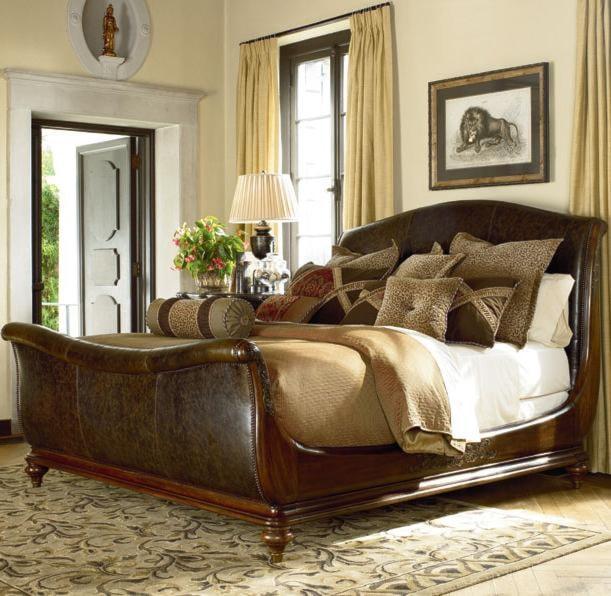 Thomasville® Ernest Hemingway King Aberdare Sleigh Bed