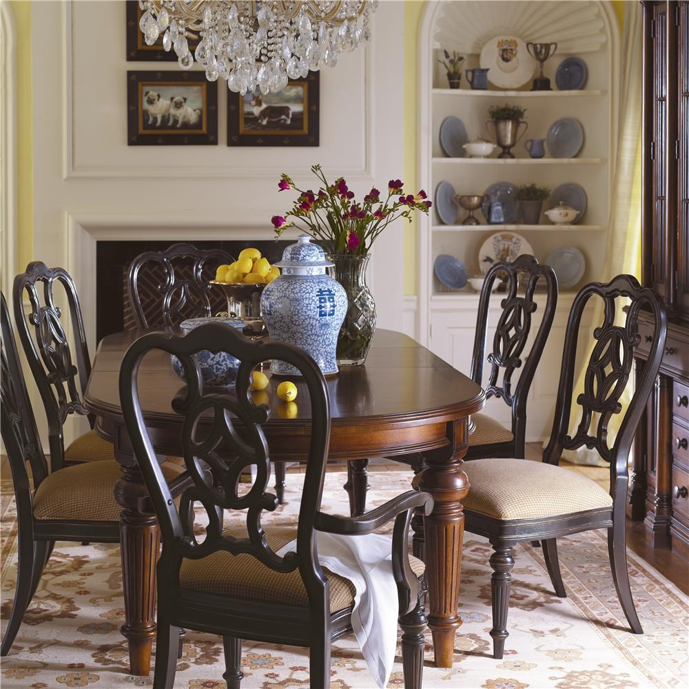 """thomasville® fredericksburg oval dining table with two 20"""" leaves"""