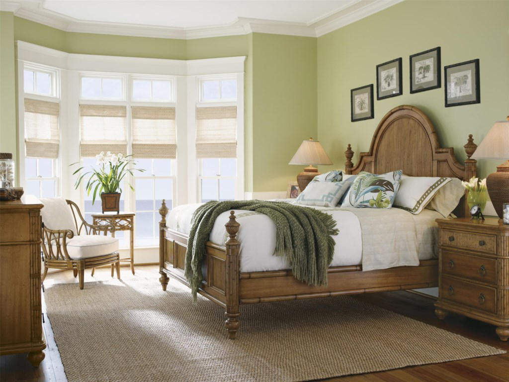 Shown with Belle Isle Bed, Ocean Breeze Chair, and Coral Springs Accent Table