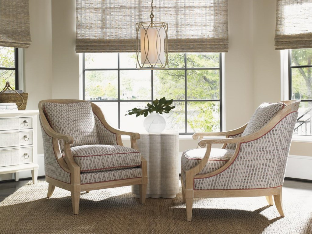 Shown with Spar Point Chairside Table