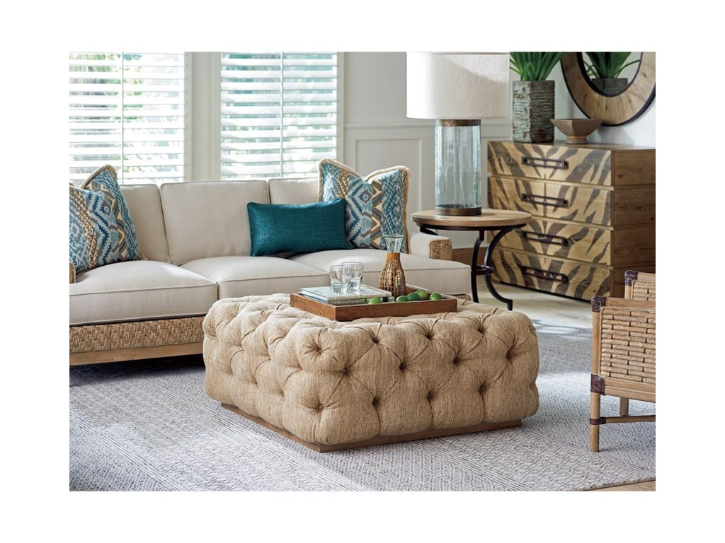 Tommy Bahama Home Los AltosFlemming Round End Table