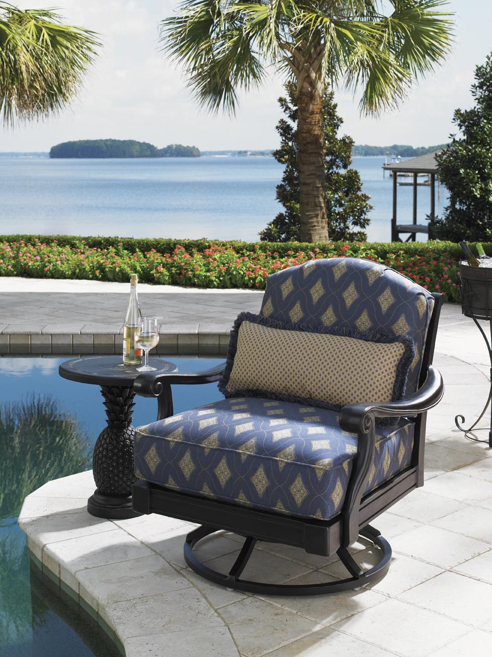 ... Tommy Bahama Outdoor Living Alfresco LivingPineapple Table