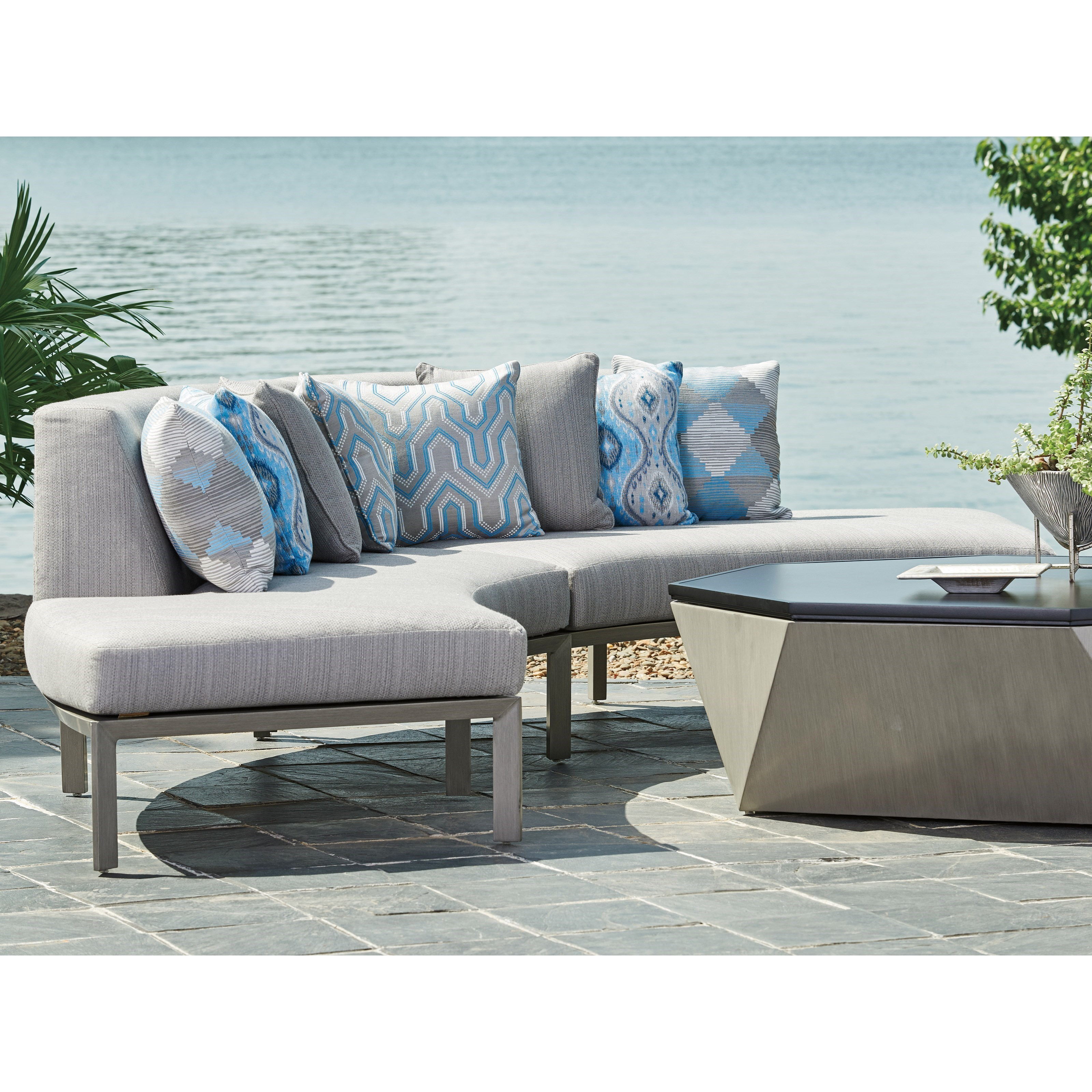... Tommy Bahama Outdoor Living Del Mar2 Pc Curved Sectional