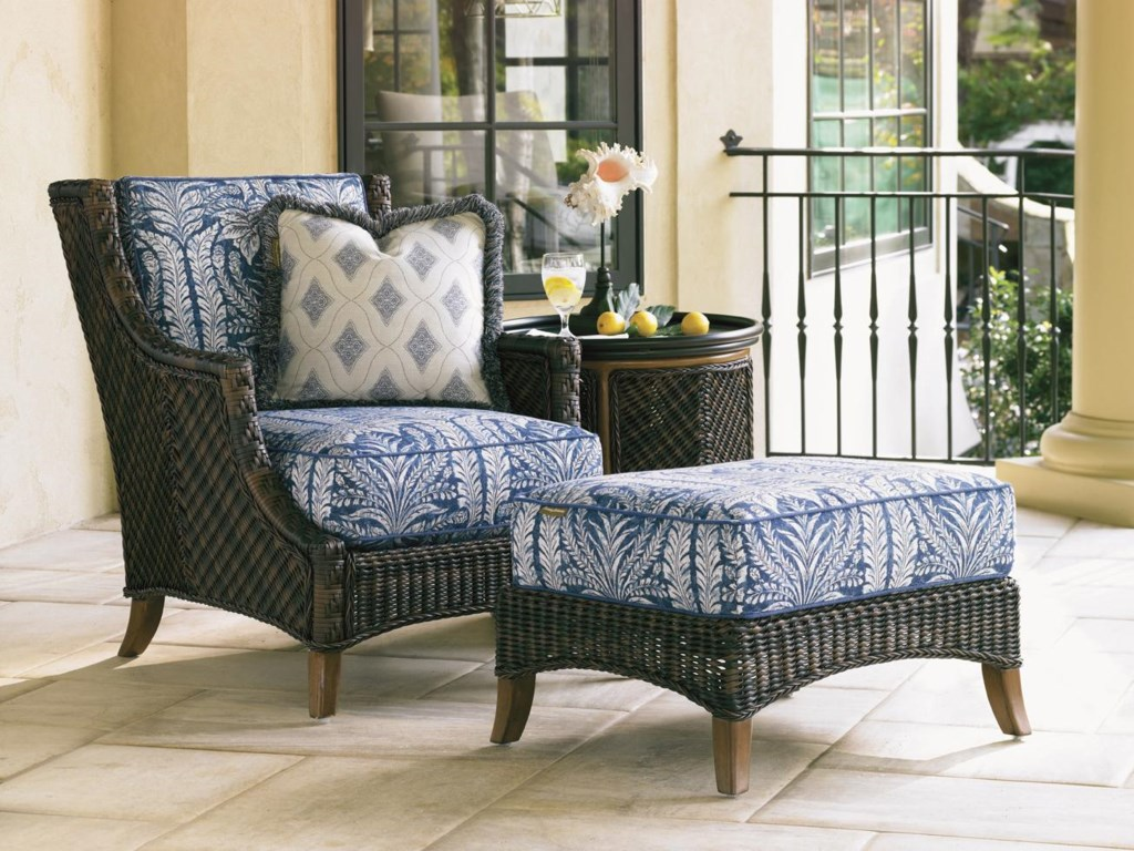 Tommy Bahama Outdoor Living Island Estate Lanailounge Chair And Ottoman Set With Table