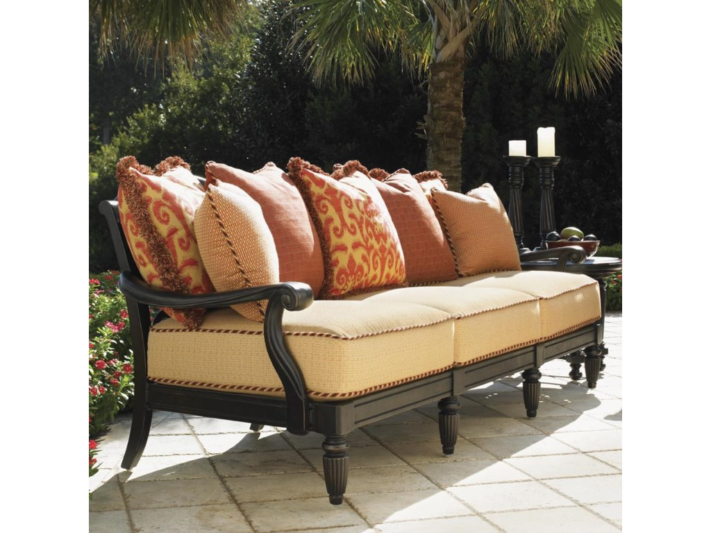Set Features Scatterback Sofa
