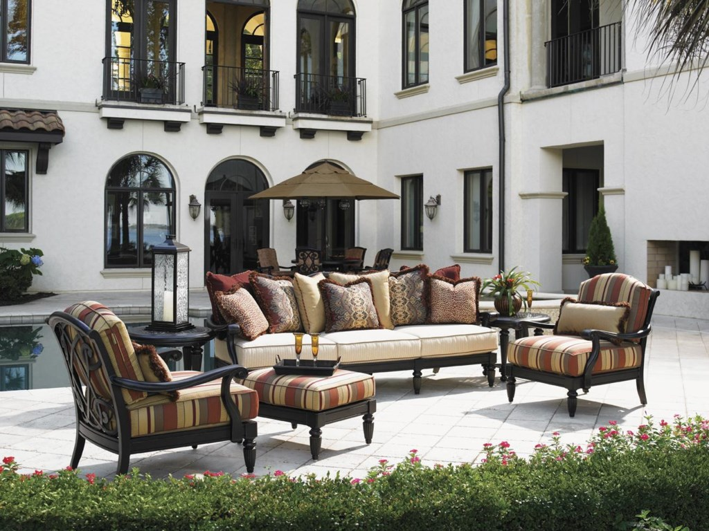 Shown with Lounge Chairs and Scatterback Sofa
