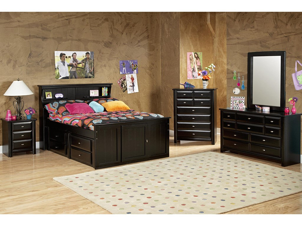Trendwood Laguna Dresser and Mirror