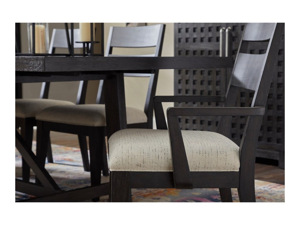 Trisha Yearwood Home Collection by Klaussner City Limits7-Piece Outdoor Dining Set