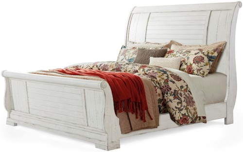 Trisha Yearwood Home Collection by Klaussner Coming Home Retreat Queen Sleigh Bed