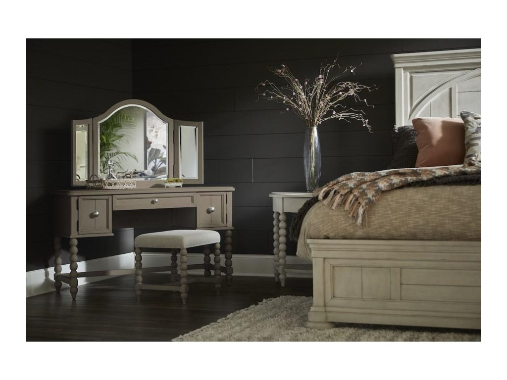 Trisha Yearwood Home Collection by Klaussner NashvilleBroadway Vanity Stool