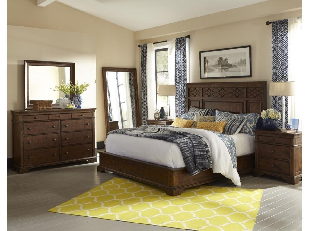 Trisha Yearwood Home Collection by Klaussner Trisha Yearwood HomeQueen Panel Bed Package