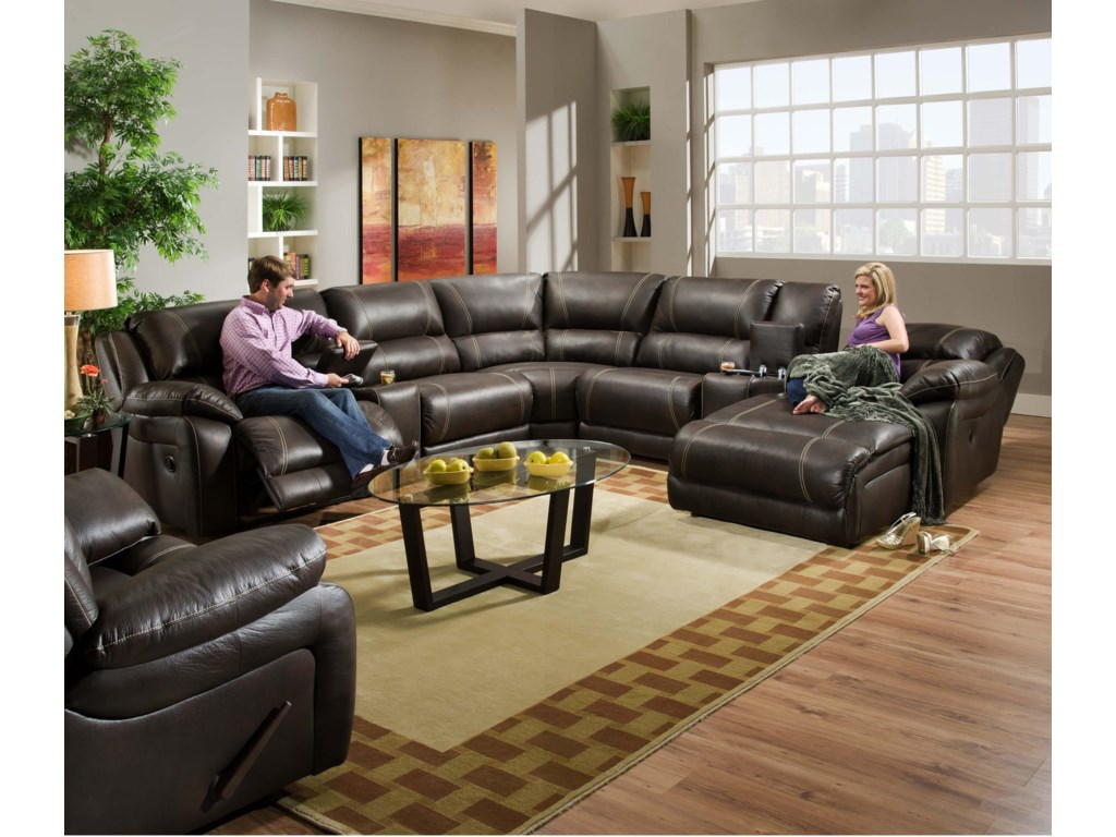 United Furniture Industries 660Casual Reclining Sectional Sofa