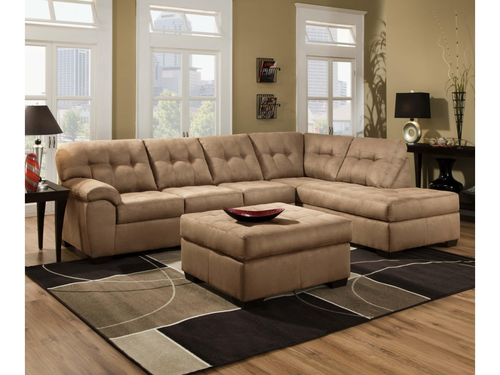 United Furniture Industries 95582 Piece Sectional Sofa with Chaise