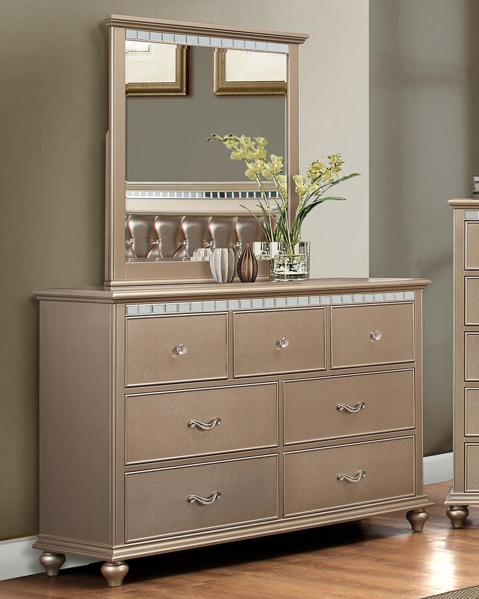Simmons Upholstery Hollywood 1008Dresser With Mirror ...