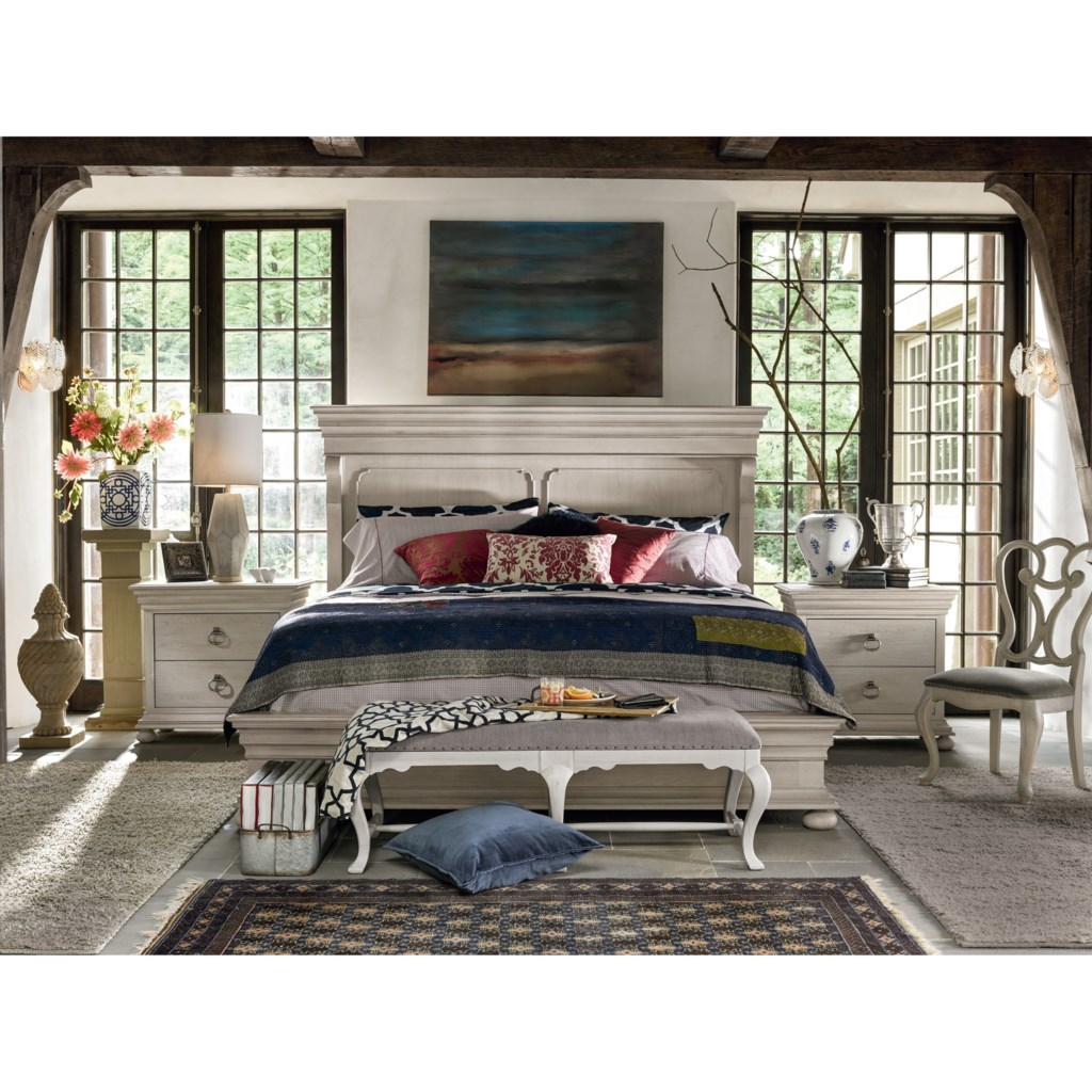 Universal Élan Traditional Queen Bedroom Set | Hudson's Furniture