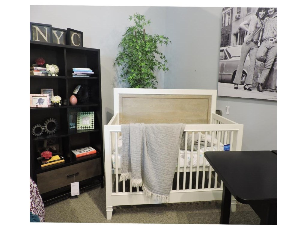Universal ClearanceConvertible Crib