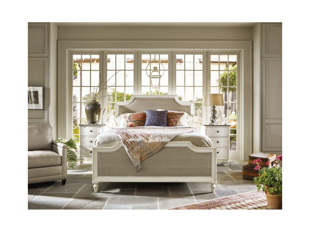 Universal CuratedLatham Bed Complete King 6/6