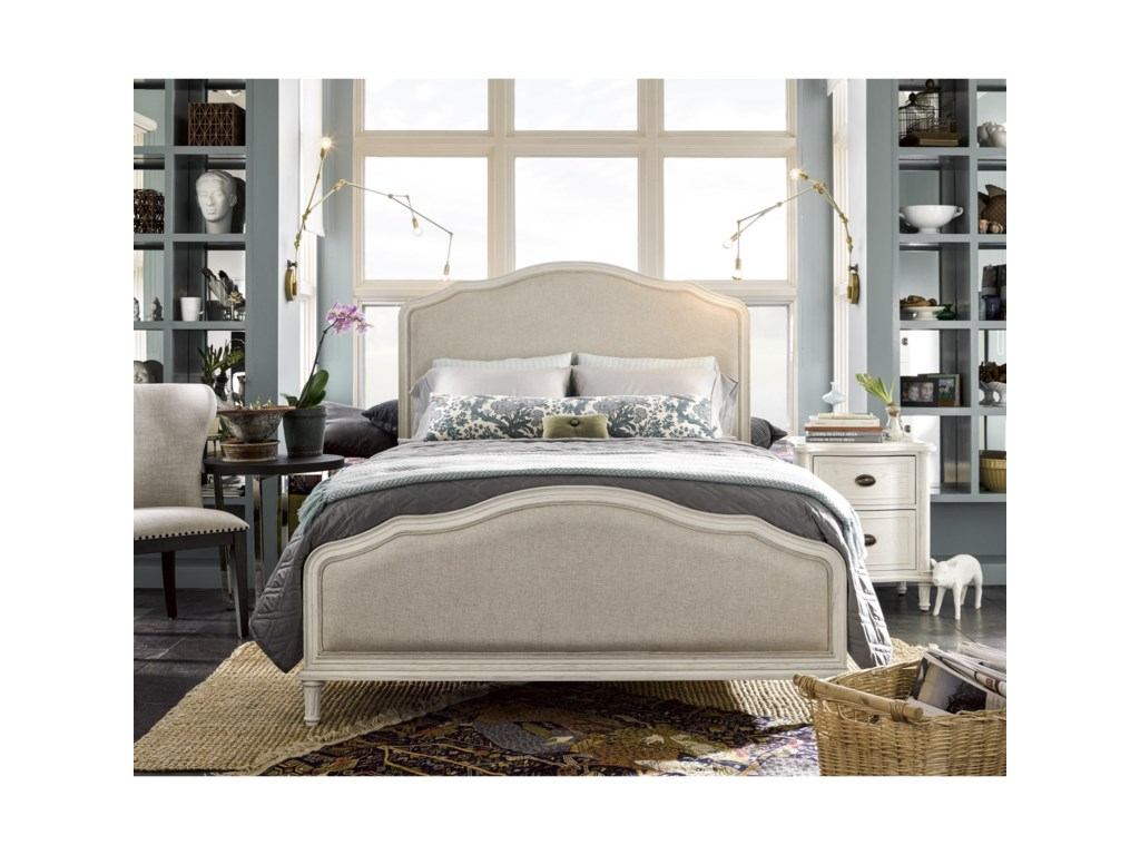 Universal CuratedKing Amity Bed