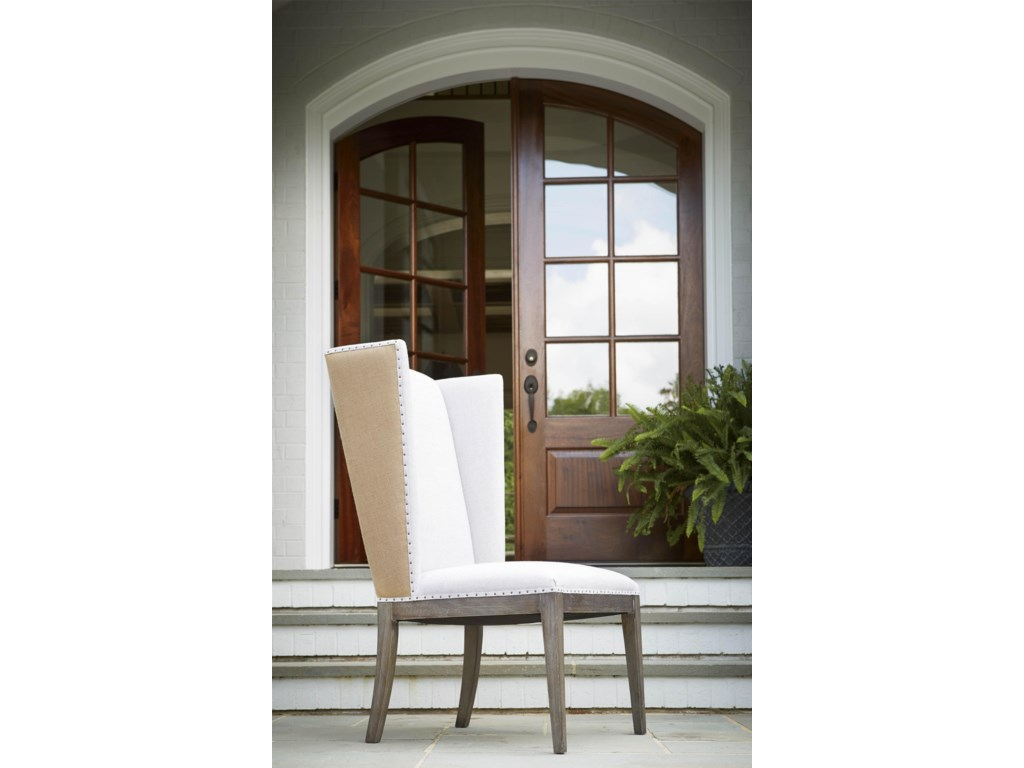 Universal PlaylistHost Side Chair