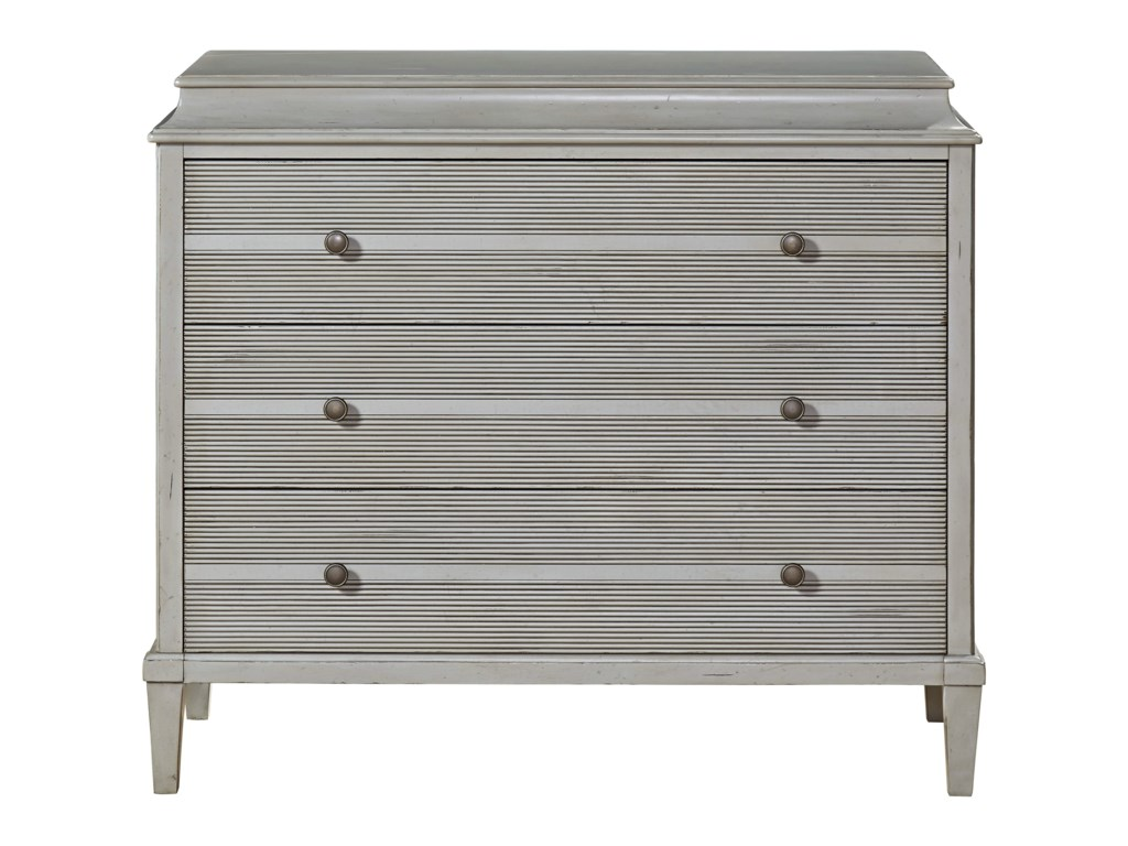 Universal SojournHall Chest