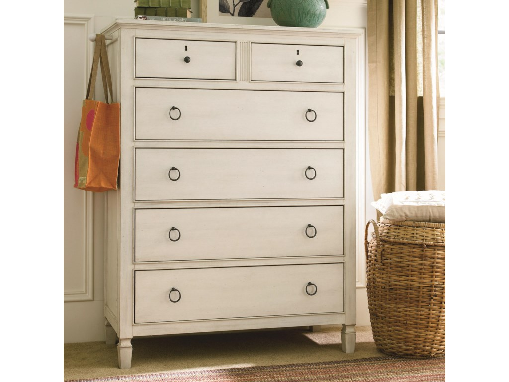 Universal Summer HillDrawer Chest