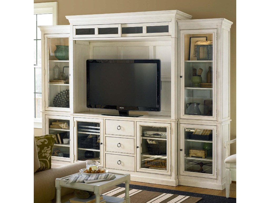 Universal Summer HillEntertainment Wall Unit
