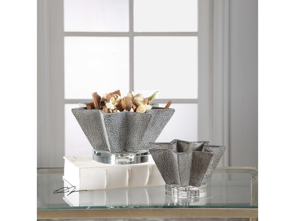 Uttermost AccessoriesKayden Star-Shaped Bowls (Set of 2)