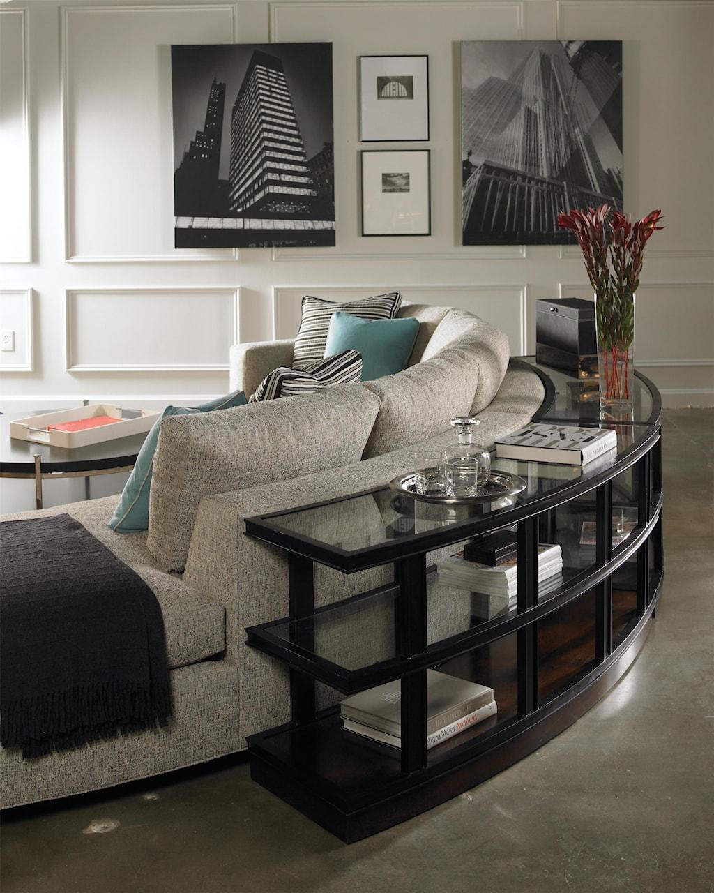 Vanguard Furniture Michael Weiss W180 LAJ W180 RG Curved e Arm