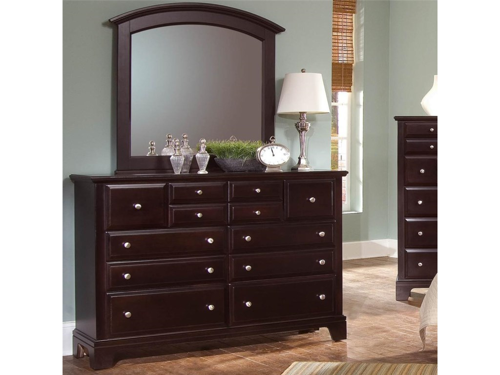 Vaughan Bassett Hamilton/Franklin7 Drawer Dresser with Landscape Mirror