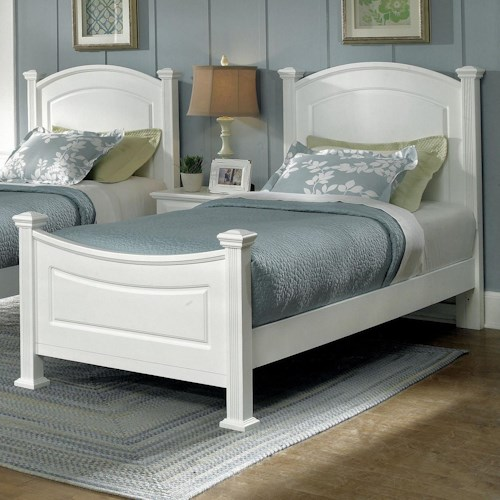 Vaughan Bassett Hamilton/Franklin Twin Panel Bed