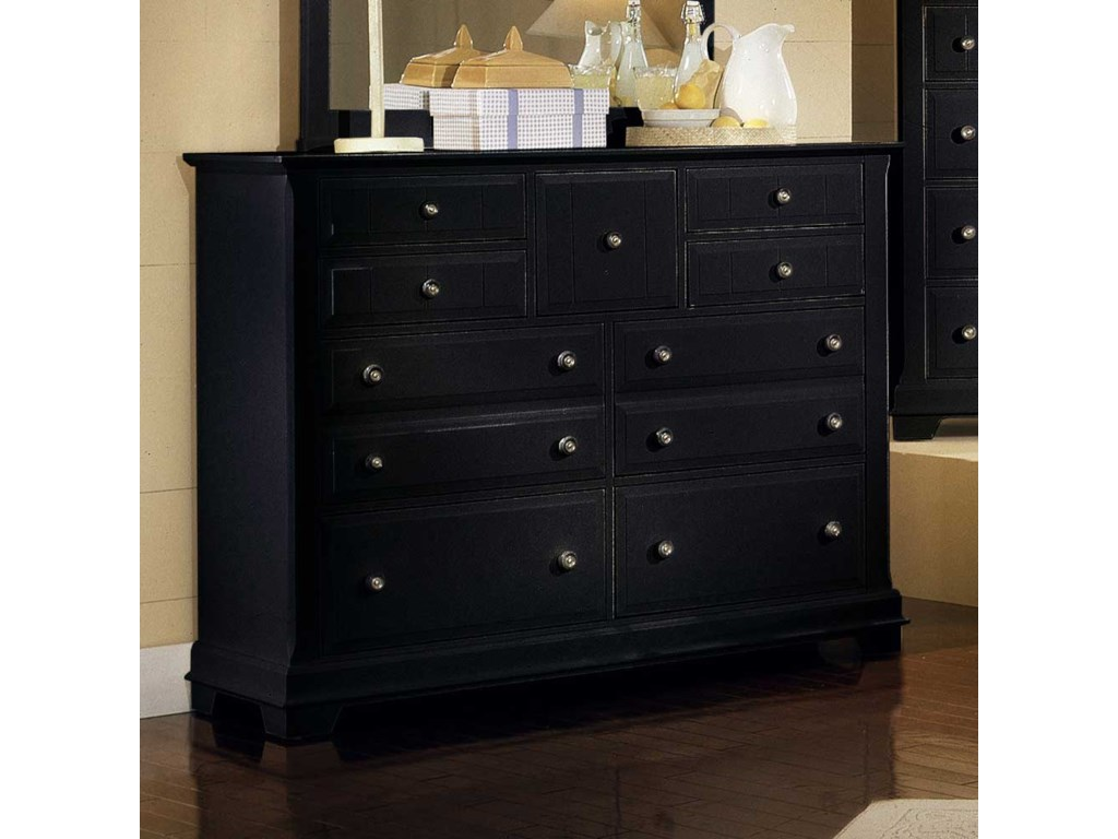 Vaughan Bassett CottageTriple Dresser