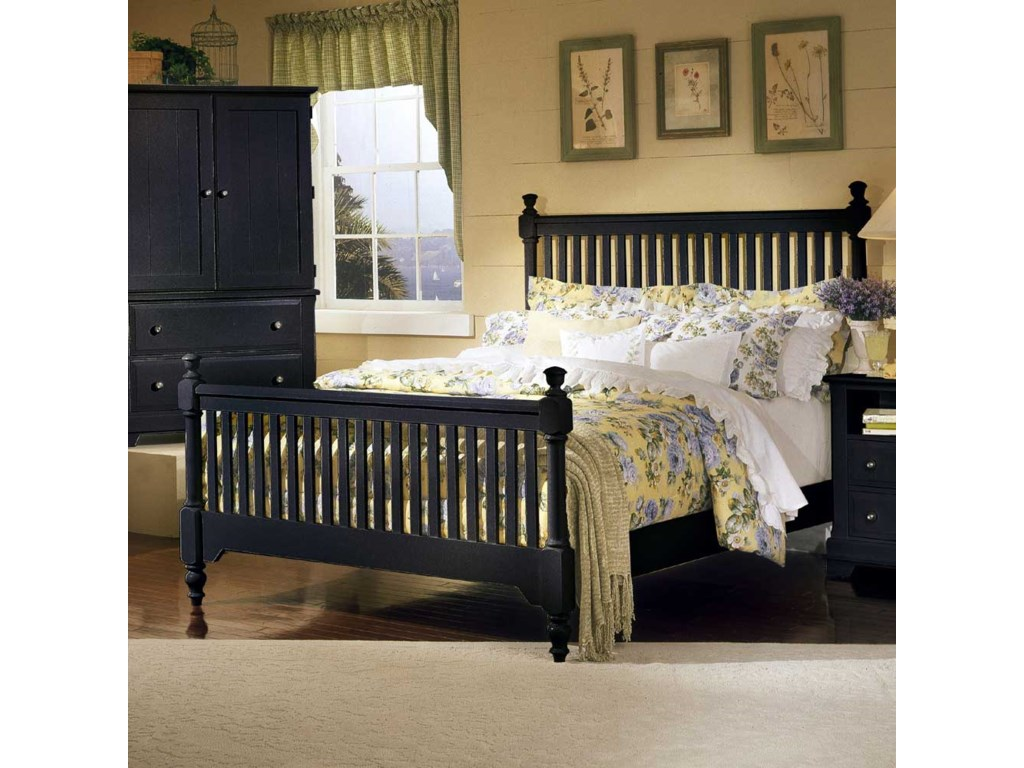 Vaughan Bassett CottageQueen Slat Poster Bed
